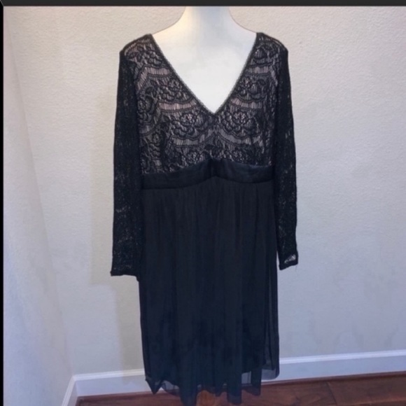 Maggy London Dresses & Skirts - NWT Maggy London Woman Black Lace Dress Size 14W